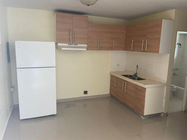 Perez (Yang Apartment) Lane #12, MongMong-Toto-Maite, Guam 96910