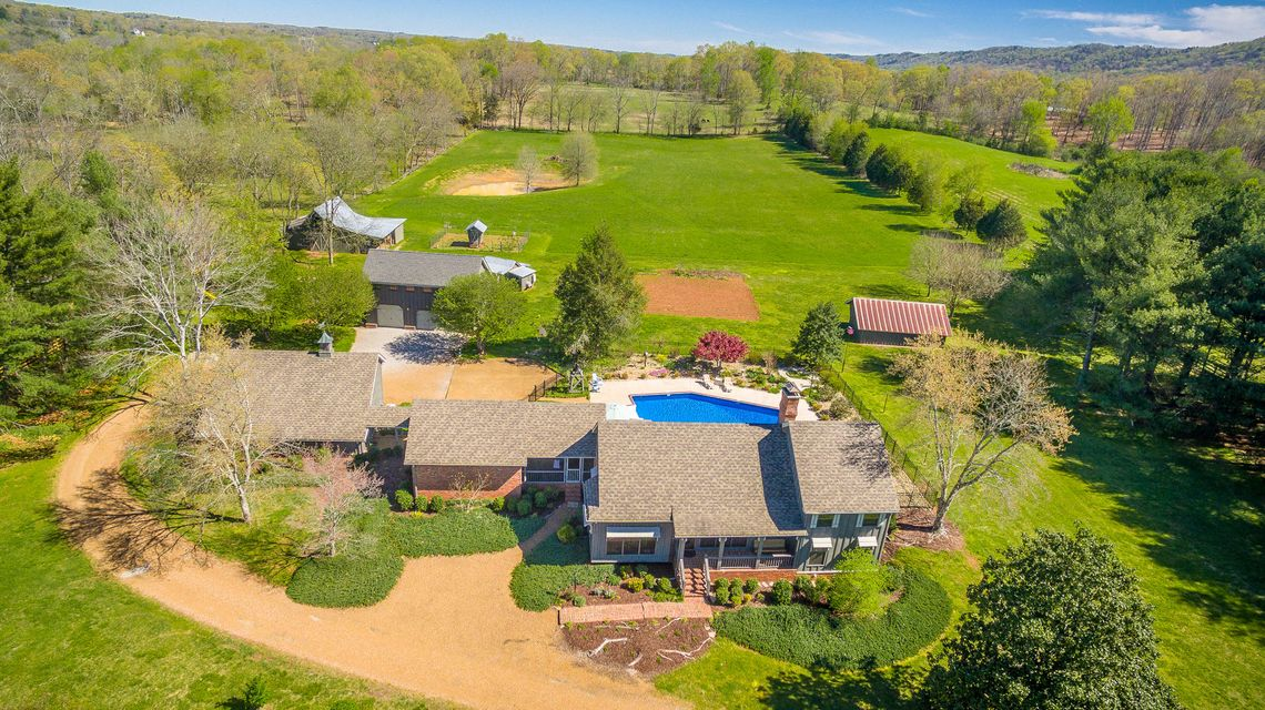 8115 Mahan Gap Road Chattanooga Home Listings - The Paula McDaniel Group - Real Estate Partners Chattanooga, LLC. Search For Chattanooga Real Estate For Sale With The Paula McDaniel Group. Voted the #1 Best of the Best Residential Realtor in 2016. Luxury homes for sale in chattanooga. Waterfront homes for sale in