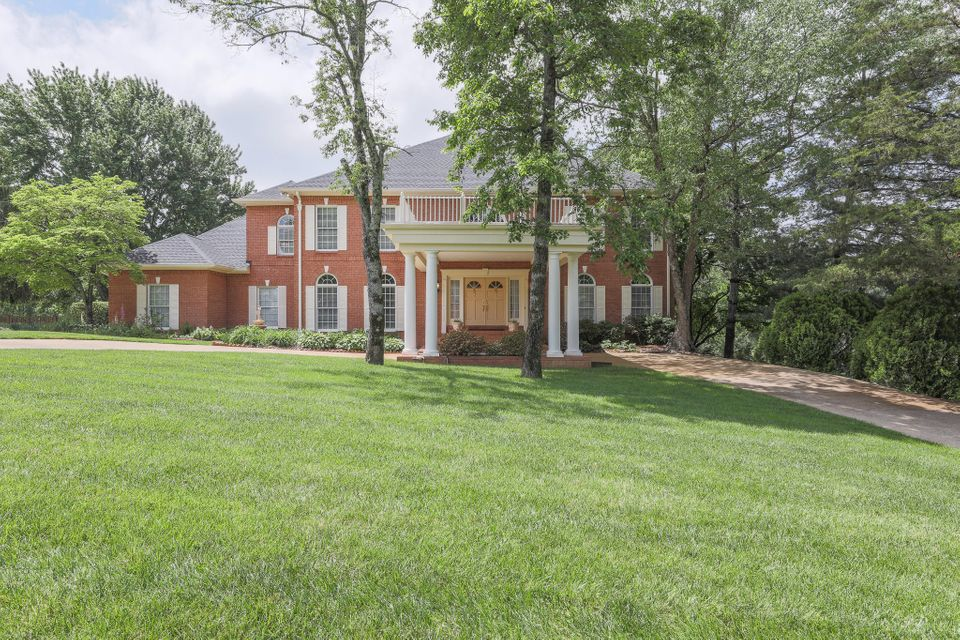 9344 Royal Mountain Dr, Chattanooga, TN 37421