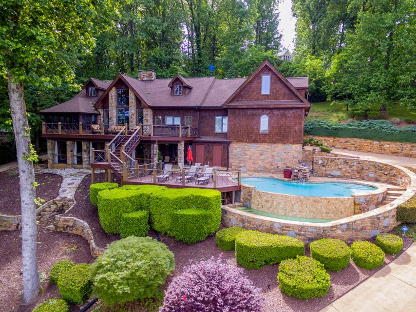 3139 Waterfront Dr, Chattanooga, TN 37419