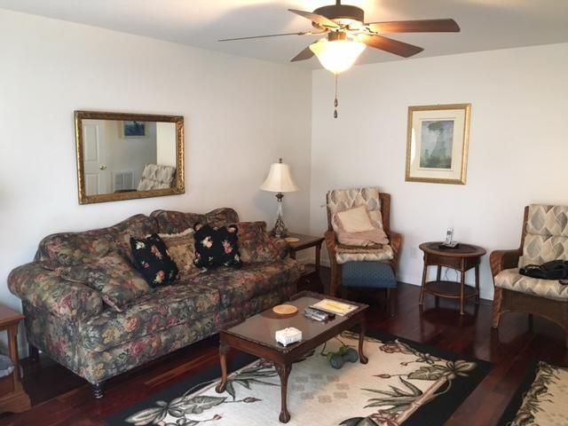 Why Rent when you can own this Condo? Convenient Location...just minutes to I-75 and town. 2 Bedrooms, 1.5 baths and large porch and deck to enjoy the afternoons and evenings. Seller is a relative of the listing agent.