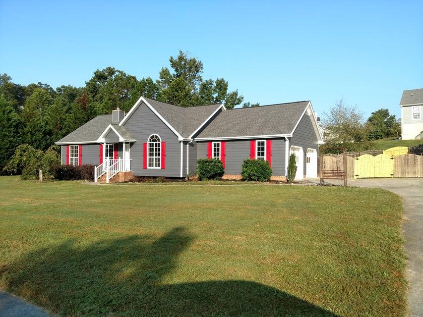905 Autumnbrook Ln, Hixson, TN 37343