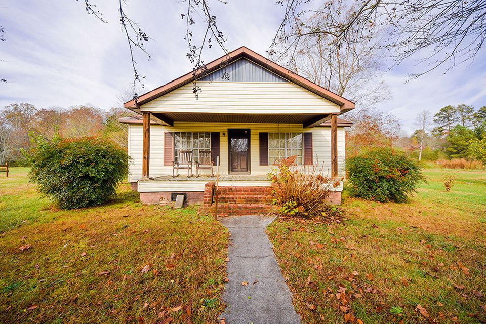 641 NW No Pone Valley Rd, Georgetown, TN 37336