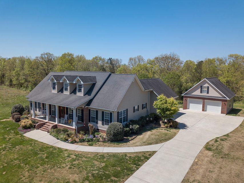 348 W Homeplace Dr, Ringgold, GA 30736