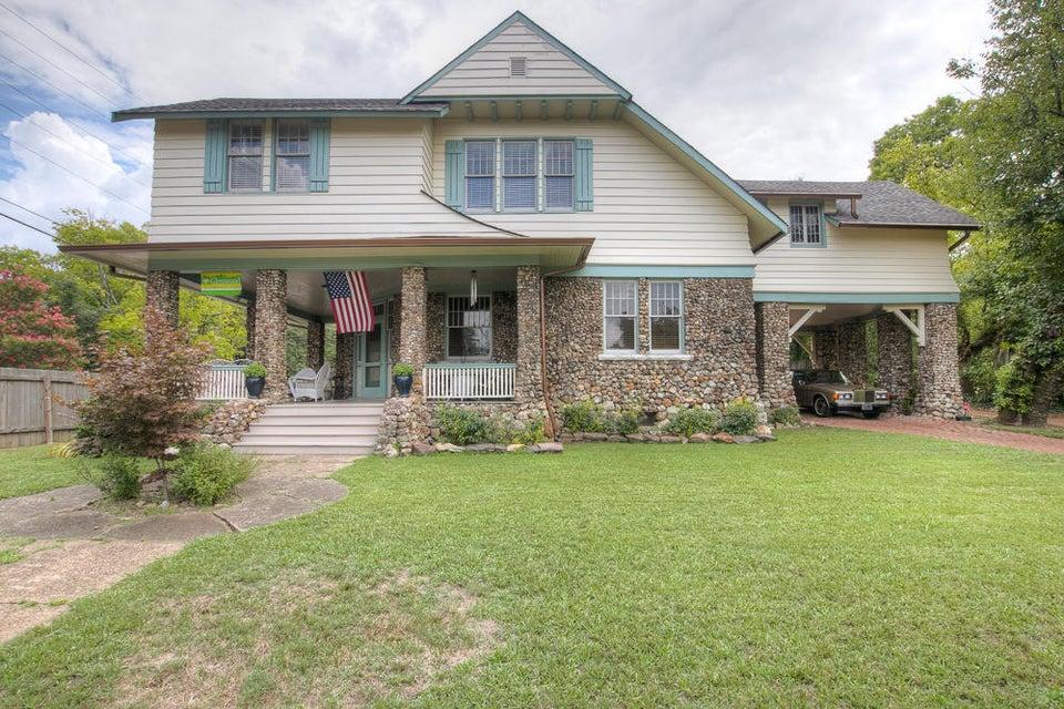 106 Glenwood Dr, Chattanooga, TN 37404