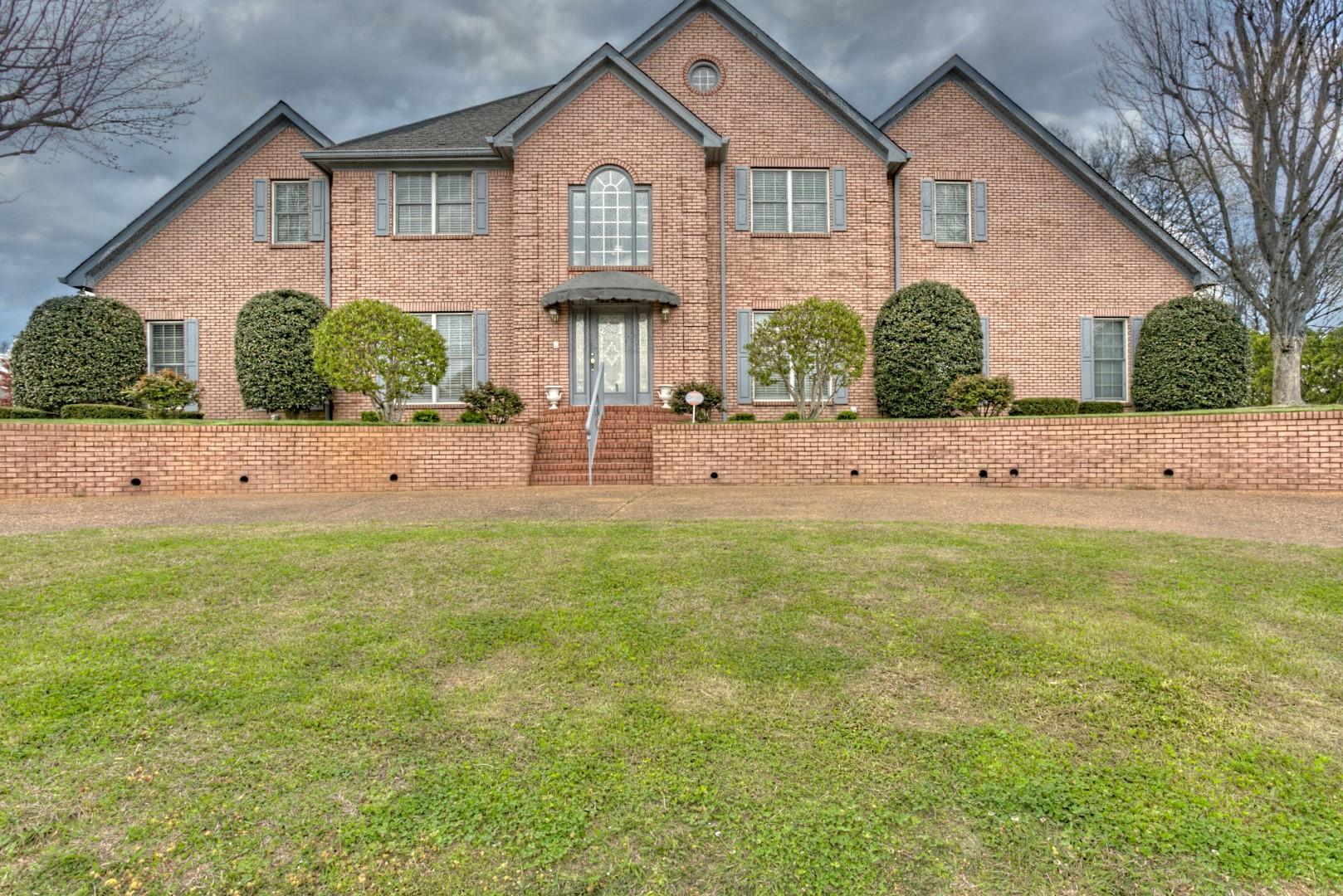 5801 Muirfield Ln, Chattanooga, TN 37416