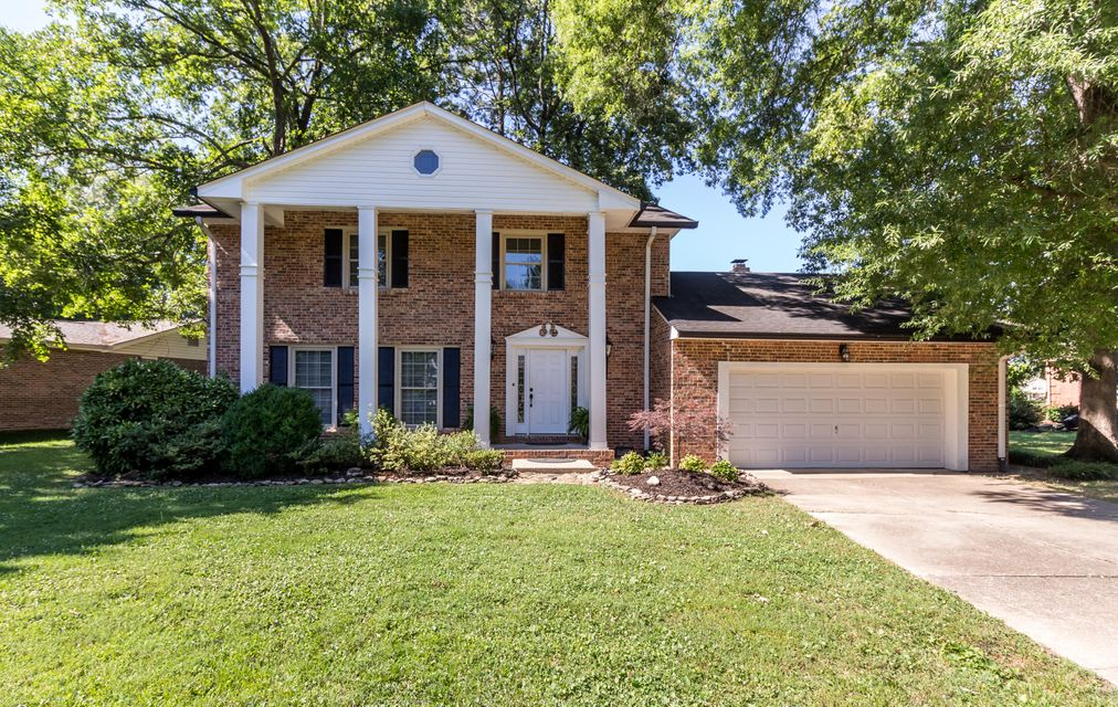 404 Valleybrook Rd, Hixson, TN 37343