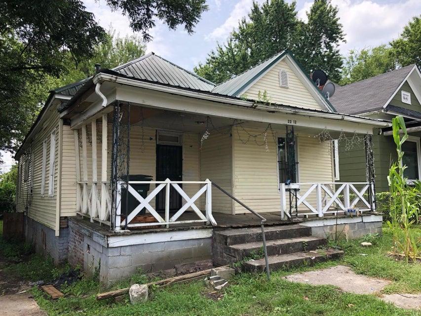2212 E 14th St, Chattanooga, TN 37404
