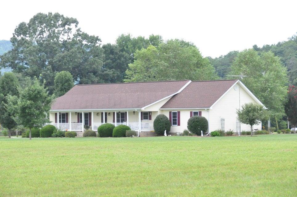 360 County Rd 98, Bridgeport, AL 35740