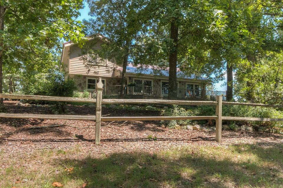 2305 S Dicks Creek Rd, LaFayette, GA 30728