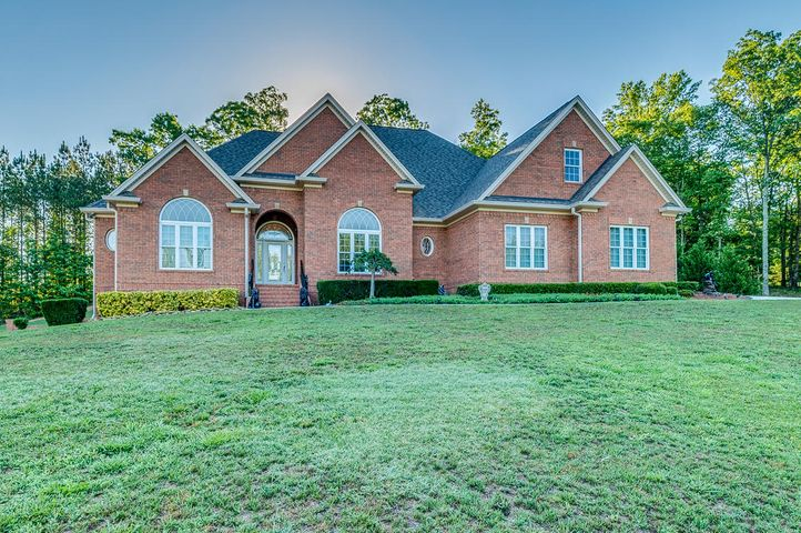 Soddy daisy homes with a mother in law suite chattanooga for Homes with inlaw suites for sale