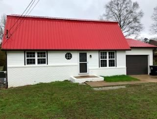 2113 Dallas Lake Rd, Soddy Daisy, TN 37379