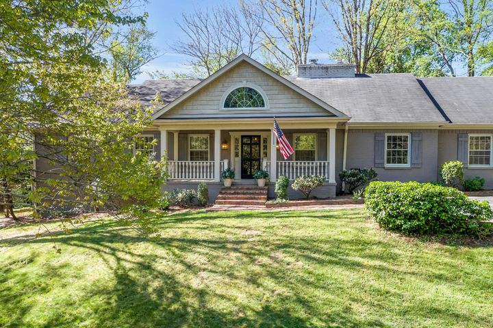 100 Dale Way, Lookout Mountain, TN 37350