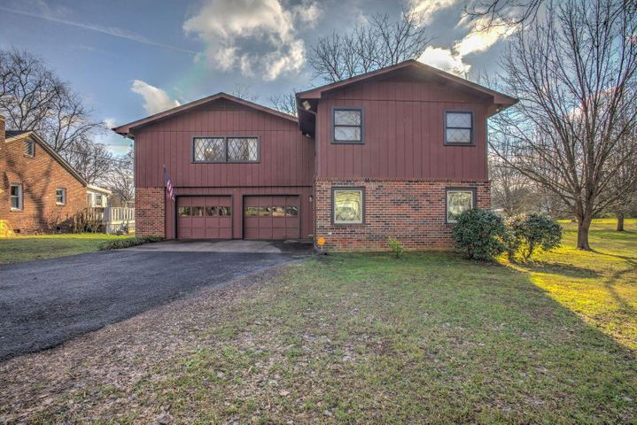 912 Fairmont Ave Nw, Cleveland, TN 37311