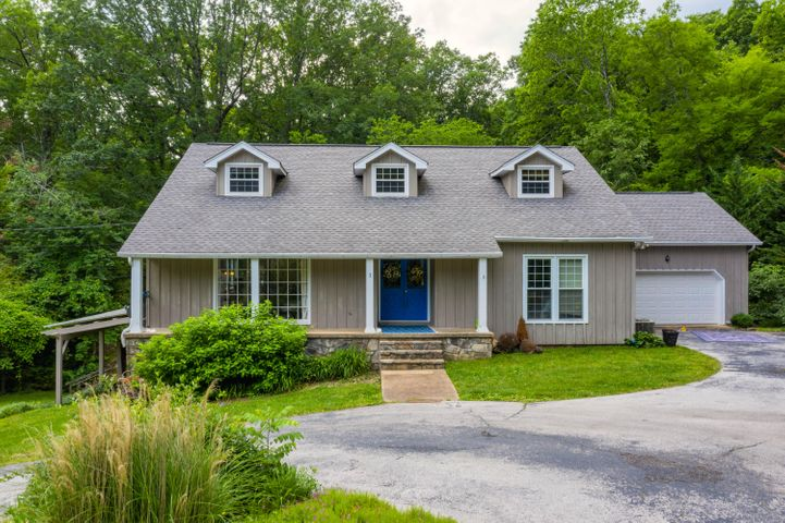 1 Dogwood Glen Ln, Signal Mountain, TN 37377