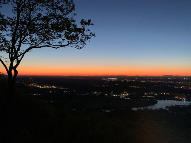 Spectacular Sunrise on a 2 Acre Brow Lot on Elder Mountain. Chattanooga, TN