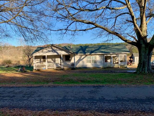 690 Yarbrough Rd, Summerville, GA 30747