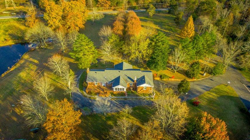 11761 Scenic Hwy, Lookout Mountain, GA 30750