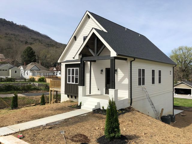 Beautiful custom home in St. Elmo to be complete mid March 2019.  Quality construction and gorgeous details!Master en suite on the main level. Hardwood and custom tile throughout. Large pantry and closets.  Upstairs bonus/loft. Breathtaking views of Lookout Mountain. Taxes to be determined.List agent is part owner.