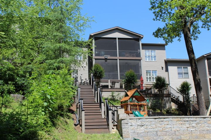 5932 Rainbow Springs Dr, Chattanooga, TN 37416