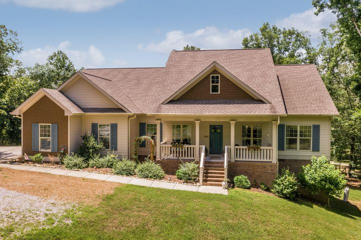 6872 Cooley Rd, Ooltewah, TN 37363
