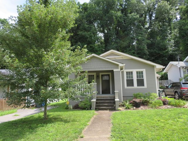 922 N Dartmouth St, Chattanooga, TN 37405