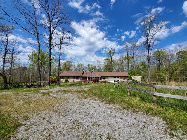 1444 Woods Rd, Dunlap, TN 37327