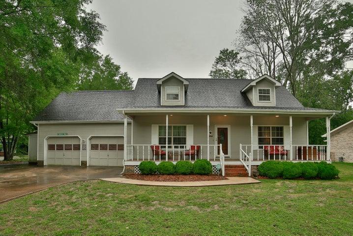 1520 Shelby Cir, Hixson, TN 37343