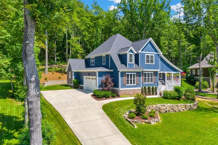 Lovely Signal Mountain home just hit the market in the Chattanooga area. This gorgeous home features 4 bedrooms, 3.5 bathrooms, 3249 sq ft in a desirable and quiet neighborhood. The first floor features an open concept living space with vaulted ceilings, a fireplace, hardwood floors, and built-ins, a large master on the main with beautiful finishes in the bathroom, a laundry room, and walk-in closet. The kitchen comes equipped with granite countertops, new appliances, (gas stove, electric oven) large island, and stylish cabinets. With the island, breakfast nook, and separate formal dining room, entertaining in this home is a breeze! A half bath is also found on the first floor. The second floor boasts 3 additional bathrooms, 2 full baths including 1 full en suite and 1 full jack-and-jill. A bonus space that is perfect for a play room or media room is also found upstairs. This newly built home on an acre lot has a 2-car attached garage, front porch, large covered back porch for entertaining outdoors and a wooded backyard view. You will love living in this home which is convenient to Downtown, hiking and outdoor activities, great schools, shopping and dining options!