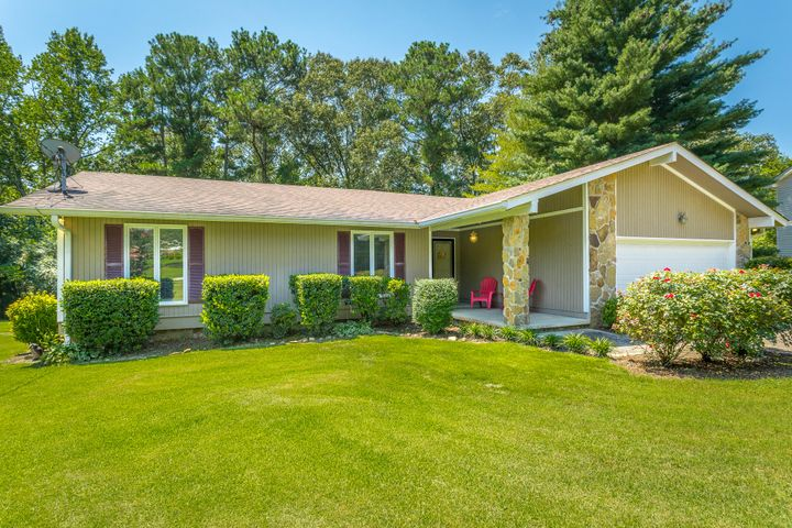Welcome to 2411 Quail Nest Circle! This incredibly well-maintained SINGLE LEVEL home is perfect for a first time home-buyer or growing family. Situated on a large lot in the desirable Quail Run subdivision. Large living room with a beautiful stone fireplace. The spacious kitchen offers plenty of countertop space and cabinet storage. Three sizable bedrooms with two updated full bathrooms. Two-car attached garage and huge private back yard. The back deck is an appealing feature that is great for entertaining or simply relaxing. Convenient to grocery choices, the Chattanooga Airport, Hamilton Place Mall, Erlanger East and minutes or less from A+ rated Apison Elementary. WON'T LAST LONG! If you are searching for a new home in Apison, then be sure to schedule your tour of 2411 Quail Nest Circle today!
