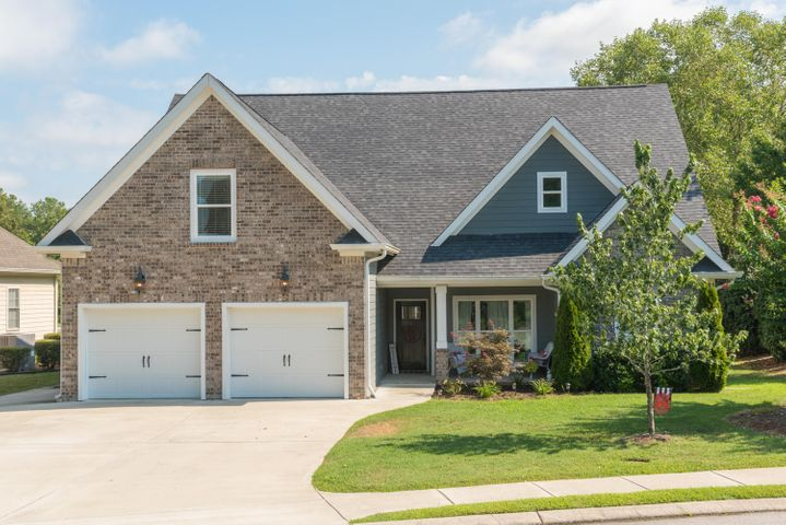 Welcome to the centrally located sought after Hidden Lakes subdivision. This home was built by previous owner, Peter Cory, and is the PERFECT FAMILY HOME! With 5 total bedrooms, 3 full bathrooms, PLUS a huge bonus room, your whole family is sure to have enough space to function comfortably. Notice the vaulted cathedral and coffered ceiling detail in the main living area with the open main living into kitchen floor plan. All bathrooms and kitchen have granite countertops and there are moulding details in EVERY ROOM!