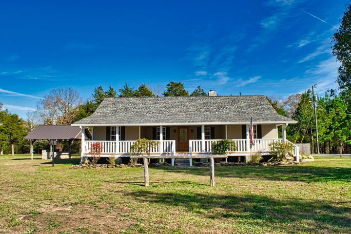 175 Camp Rd, Chickamauga, GA 30707