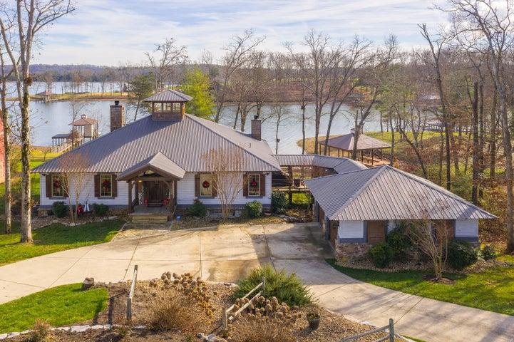 596 Lake Harbor Dr, Spring City, TN 37381