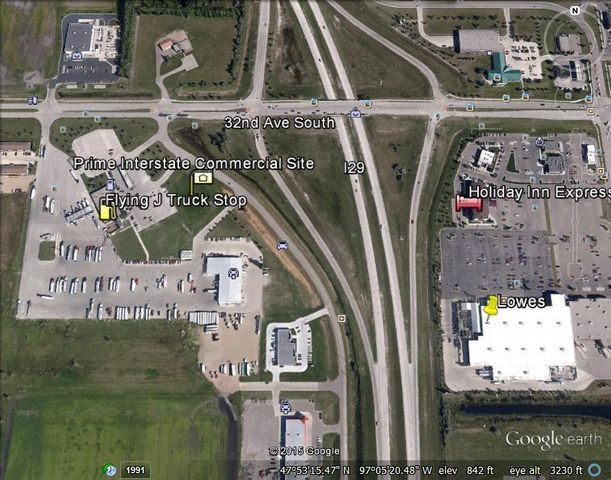 3350 42ND ST S, GRAND FORKS, ND 58201