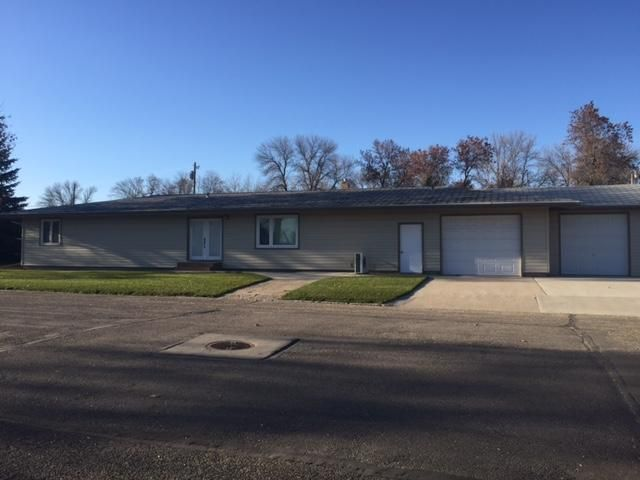 201 2ND ST W, FINLEY, ND 58230
