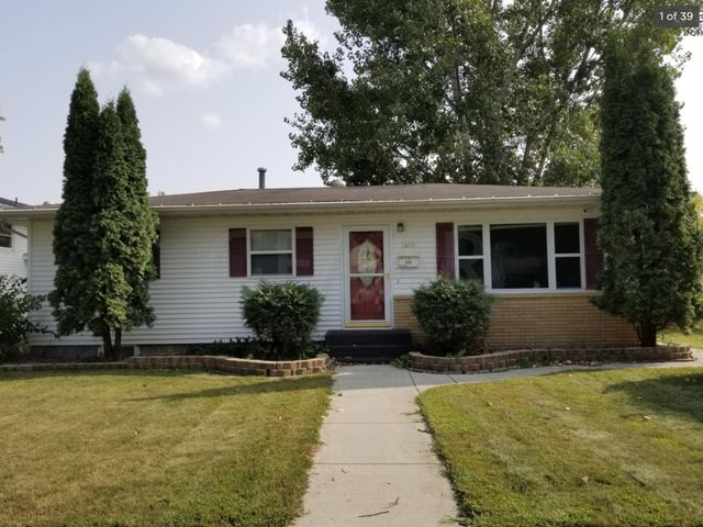 1415 11TH Avenue S, GRAND FORKS, ND 58201