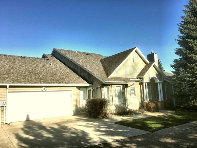 3401 MEADOW DR, GRAND FORKS, ND 58201