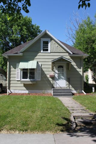 727 N 4TH Street, GRAND FORKS, ND 58203