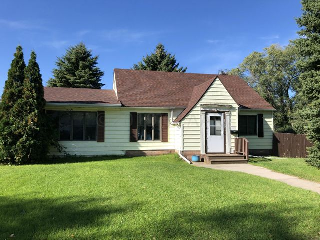 125 4TH Avenue SE, MAYVILLE, ND 58257