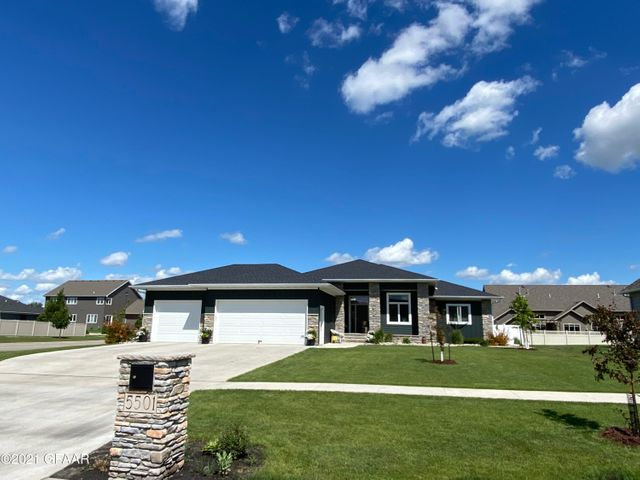 5501 EDWARD Circle, GRAND FORKS, ND 58201