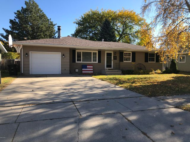 Nice home in quiet neighborhood.  Located near Kelly Elementary School and Schroeder Middle School. Home was reshingled in 2009. Parks, restaurants, gas stations and other amenities nearby. Home is occupied. Access will not be granted for buyer to view.  Drive by showings only for now.