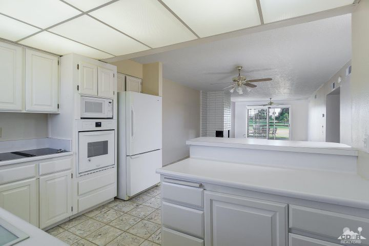 79294 Montego Bay Drive, 9, Bermuda Dunes, CA 92203