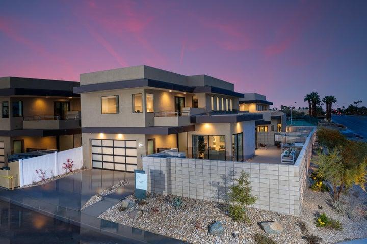 242 Vista Terrace, Palm Springs, CA 92262