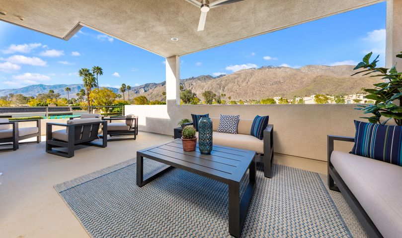 237 Vista Terrace, Palm Springs, CA 92262