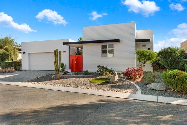 700 Equinox Way, Palm Springs, CA 92262