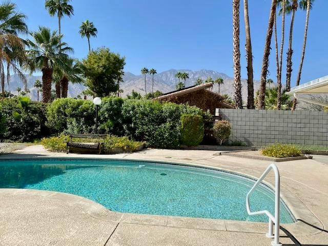 1543 S Beverly Drive, Palm Springs, CA 92264