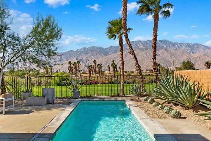 929 Bernardi Lane, Palm Springs, CA 92262