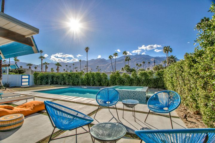 202 N Monterey Road, Palm Springs, CA 92262