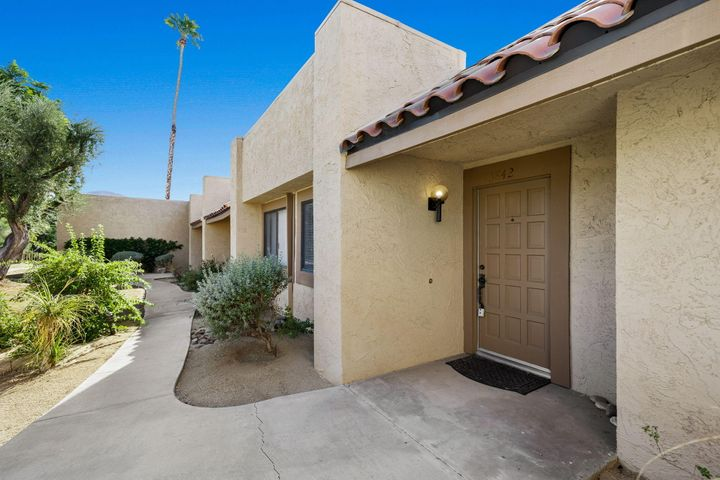 73842 Ocotillo Court, Palm Desert, CA 92260