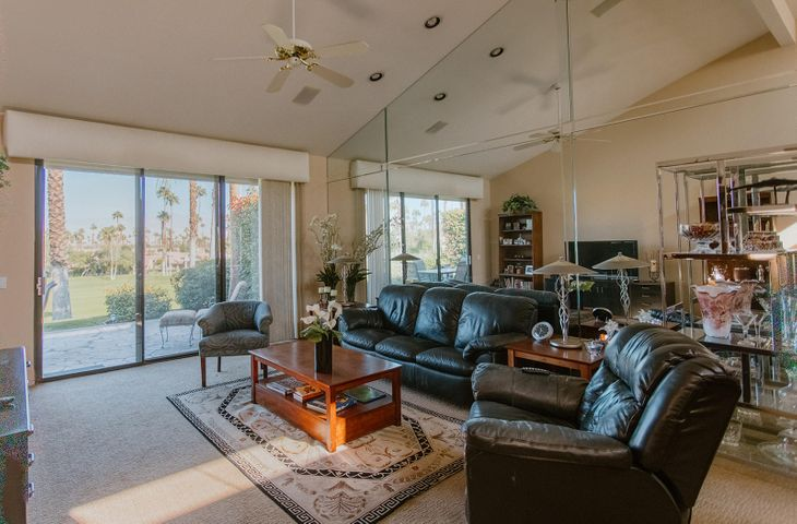 76180 Honeysuckle Drive, Palm Desert, CA 92211